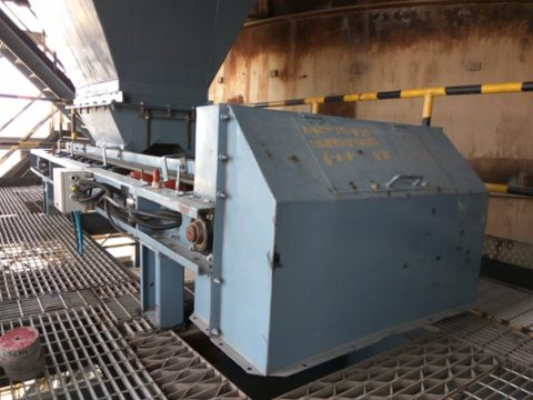 AAG Weigh Feeder